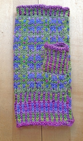 fair isle clover mitts pattern countrywool