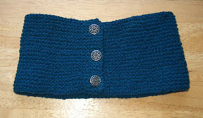 button edged headband