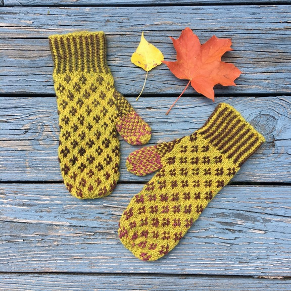 open star mittens pattern countrywool