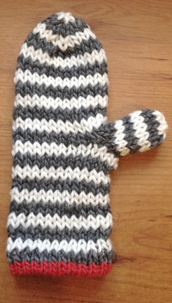 countrywool's striped mittens